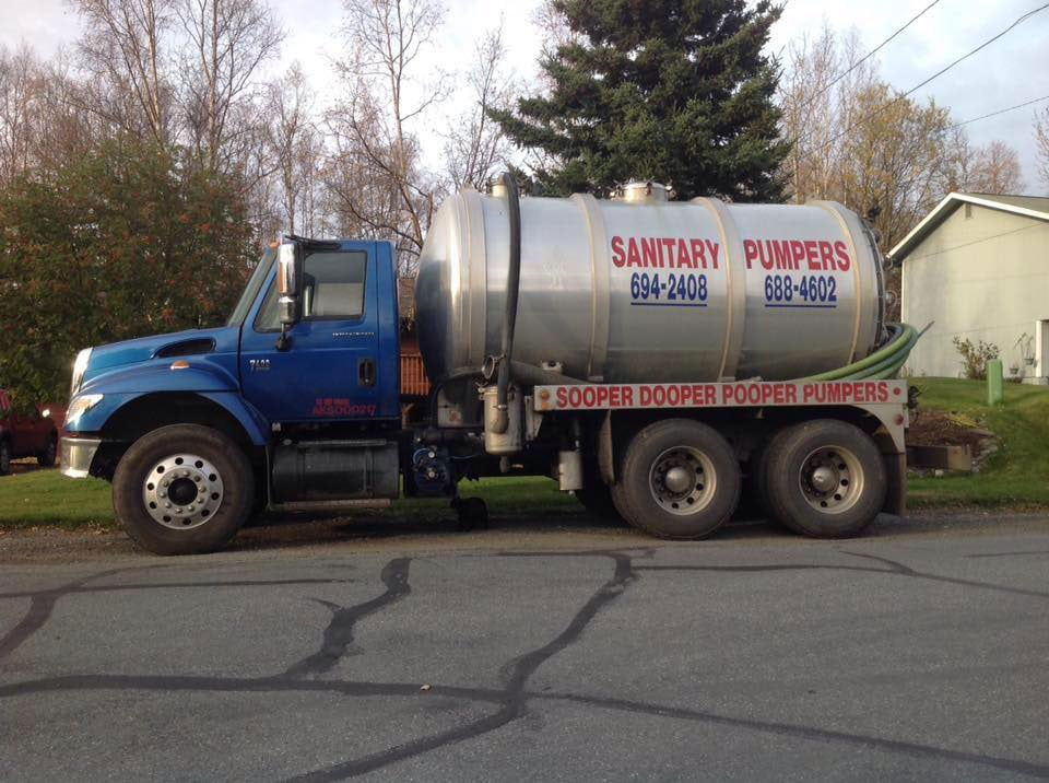 Sanitary Pumpers Truck